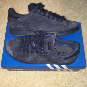 separation shoes 011e9 02a69 adidas Shoes - Adidas Stan Smith - blue suede